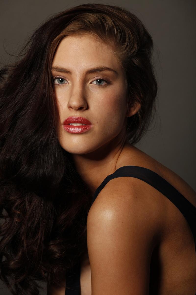 Female model photo shoot of Lizette