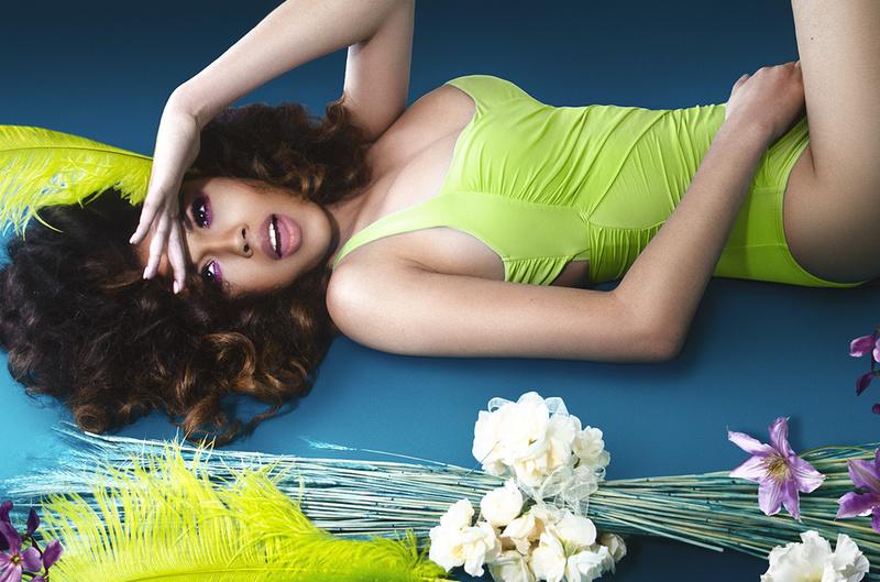 Female model photo shoot of Beauty by Carla Taylor