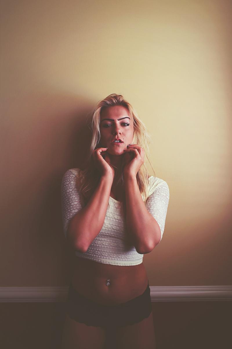 Female model photo shoot of dearzoephotography
