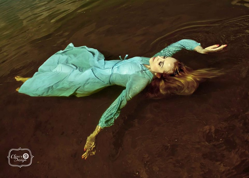 Female model photo shoot of Sadie Tate