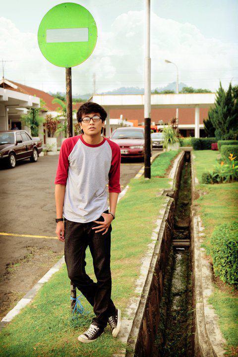 Male model photo shoot of andreharahap