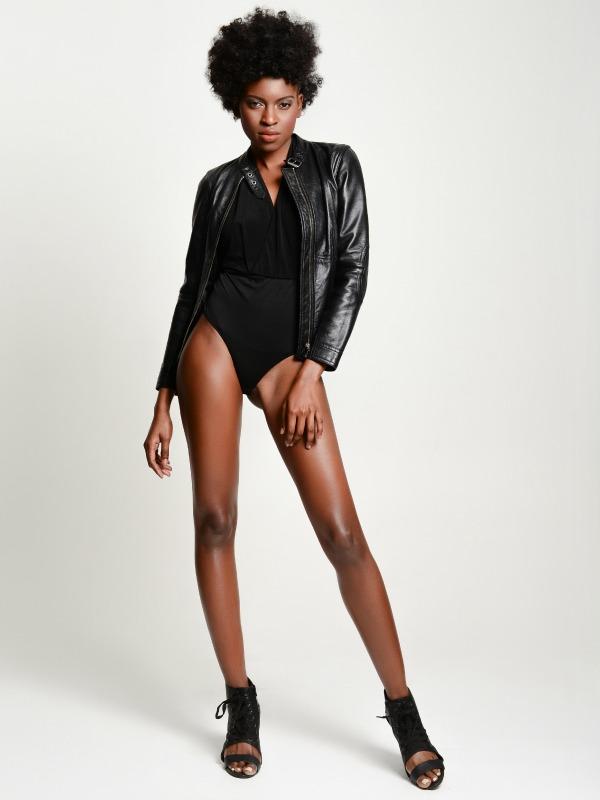 Female model photo shoot of Debbie O