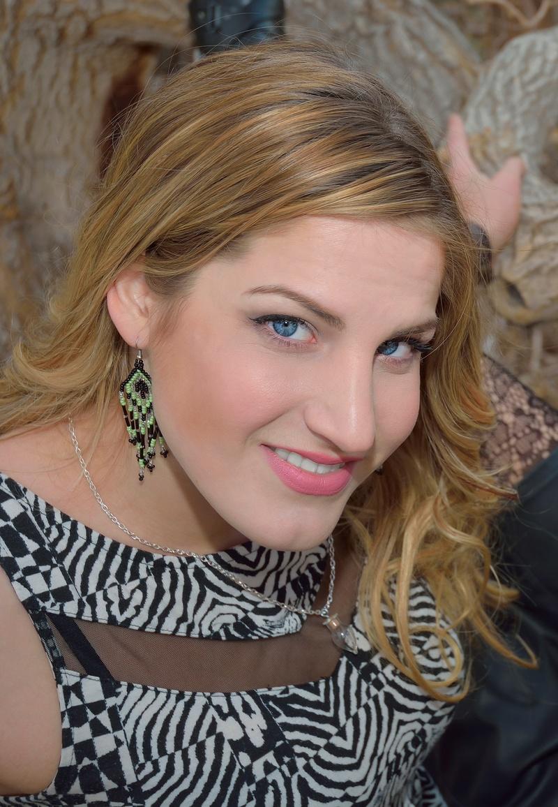 Female model photo shoot of Cassy Vivalacassy in Las Vegas