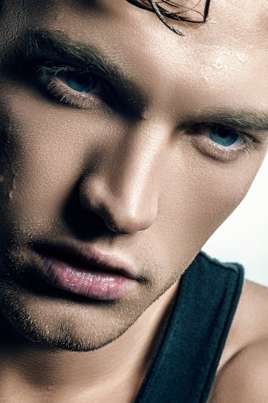 Male model photo shoot of Jeremy_121