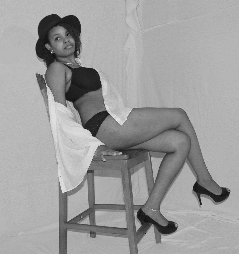 Female model photo shoot of JadeOutlaw