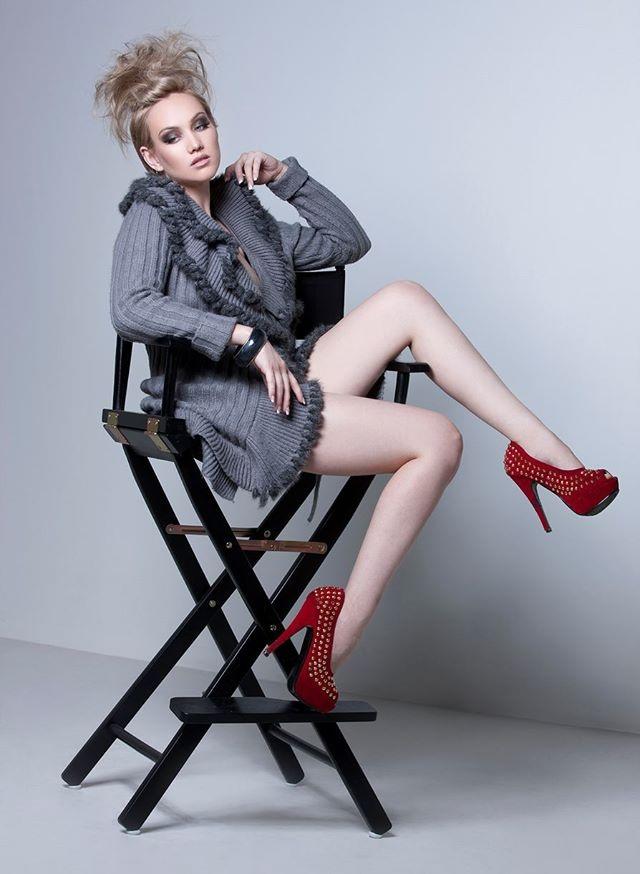 Female model photo shoot of Erin Renee in Phoenix Az
