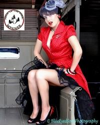 http://photos.modelmayhem.com/photos/150831/18/55e4fa313e471_m.jpg