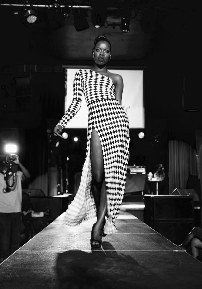 Female model photo shoot of Dreena da Runway-Diva