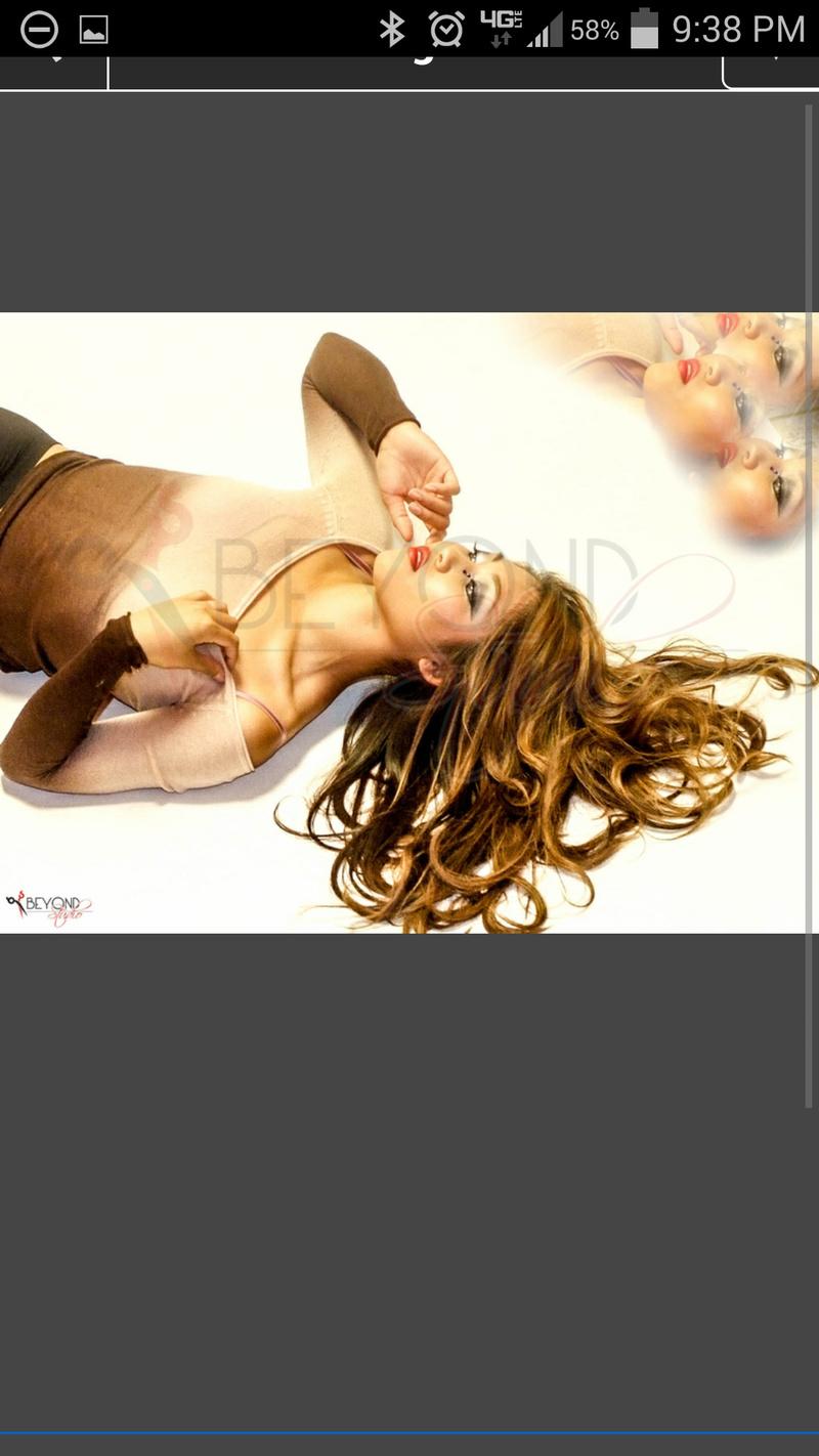 Female model photo shoot of Samantha V.