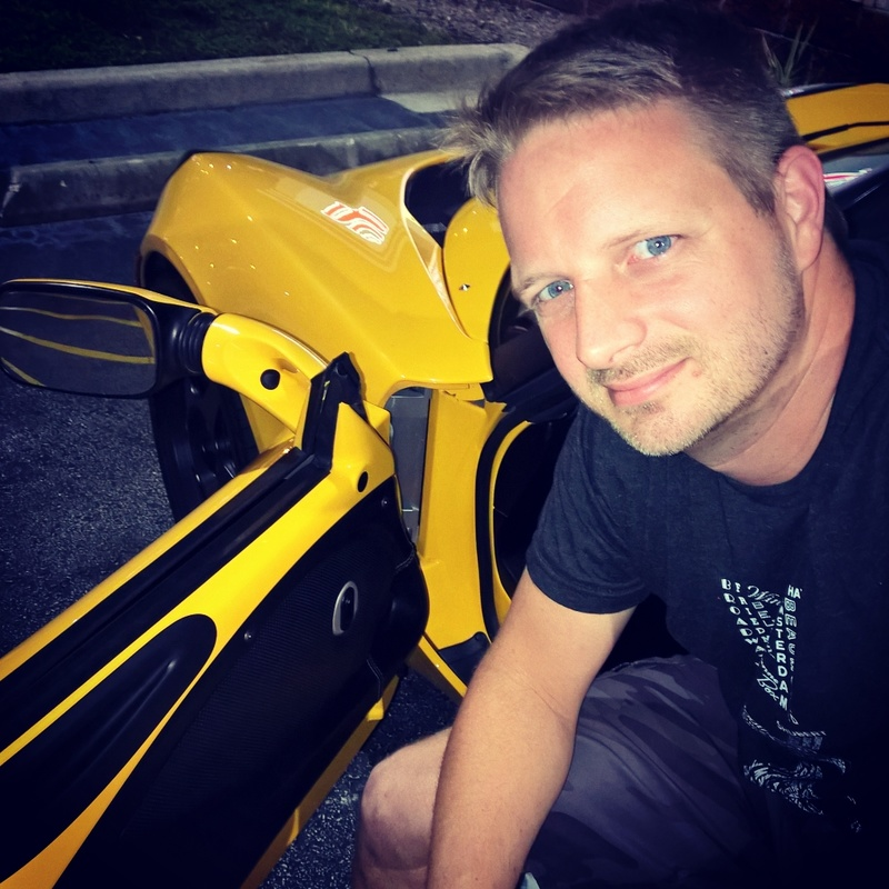 Male model photo shoot of Jim Sutton
