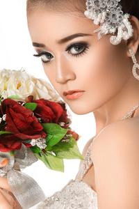 http://photos.modelmayhem.com/photos/151003/12/56103080bc9e1_m.jpg