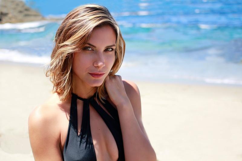 Female model photo shoot of MarilynRose in Laguna beach california