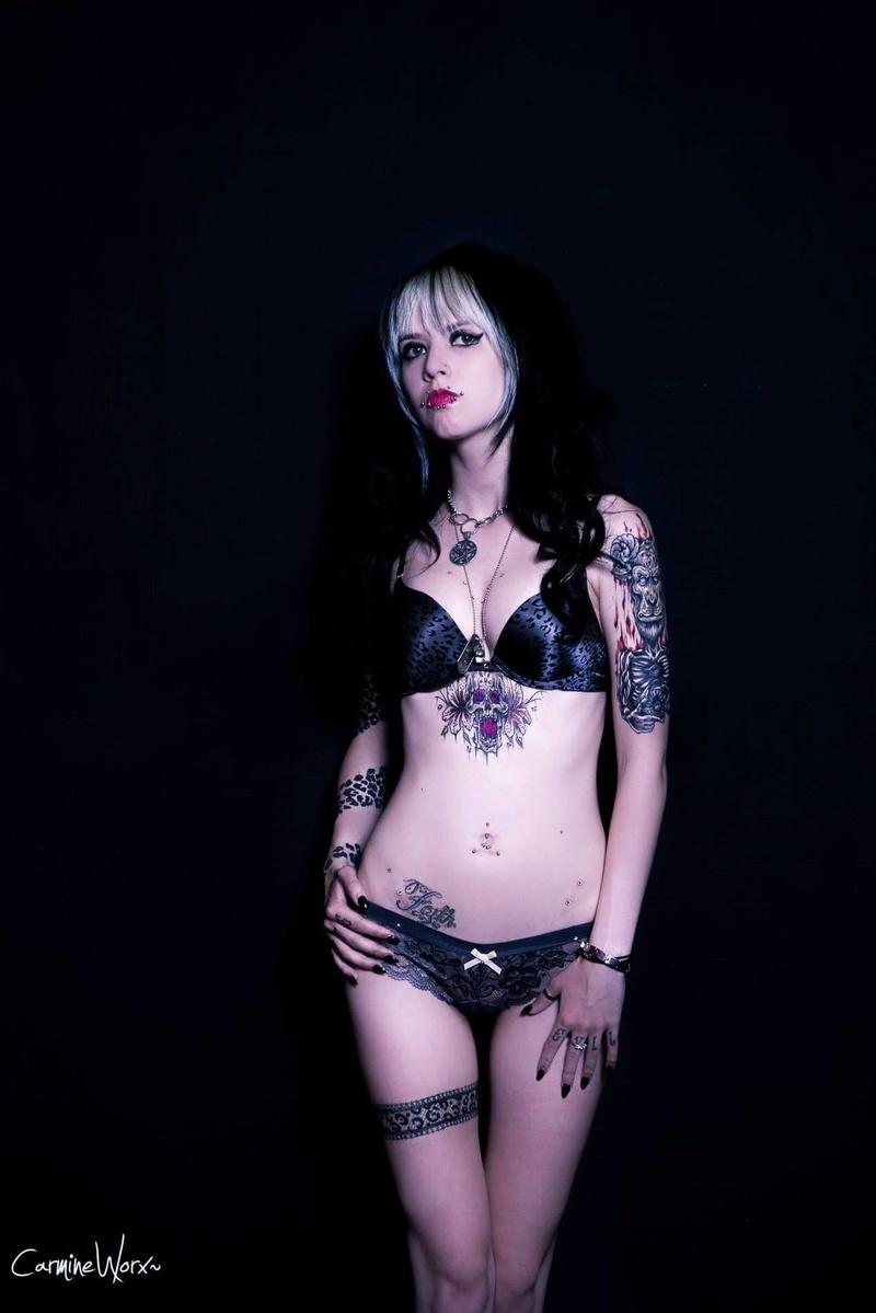Female model photo shoot of miuquemegan in utrecht