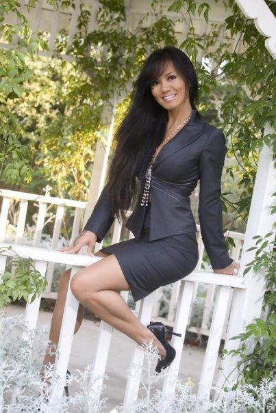 Female model photo shoot of Malia De Leon
