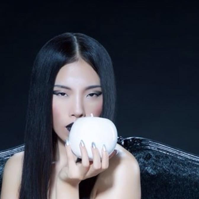 Female model photo shoot of MARI K in http://www.marvenpayne.com/96556/boutique