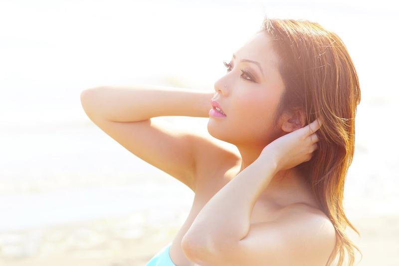 Female model photo shoot of Miss Cinz