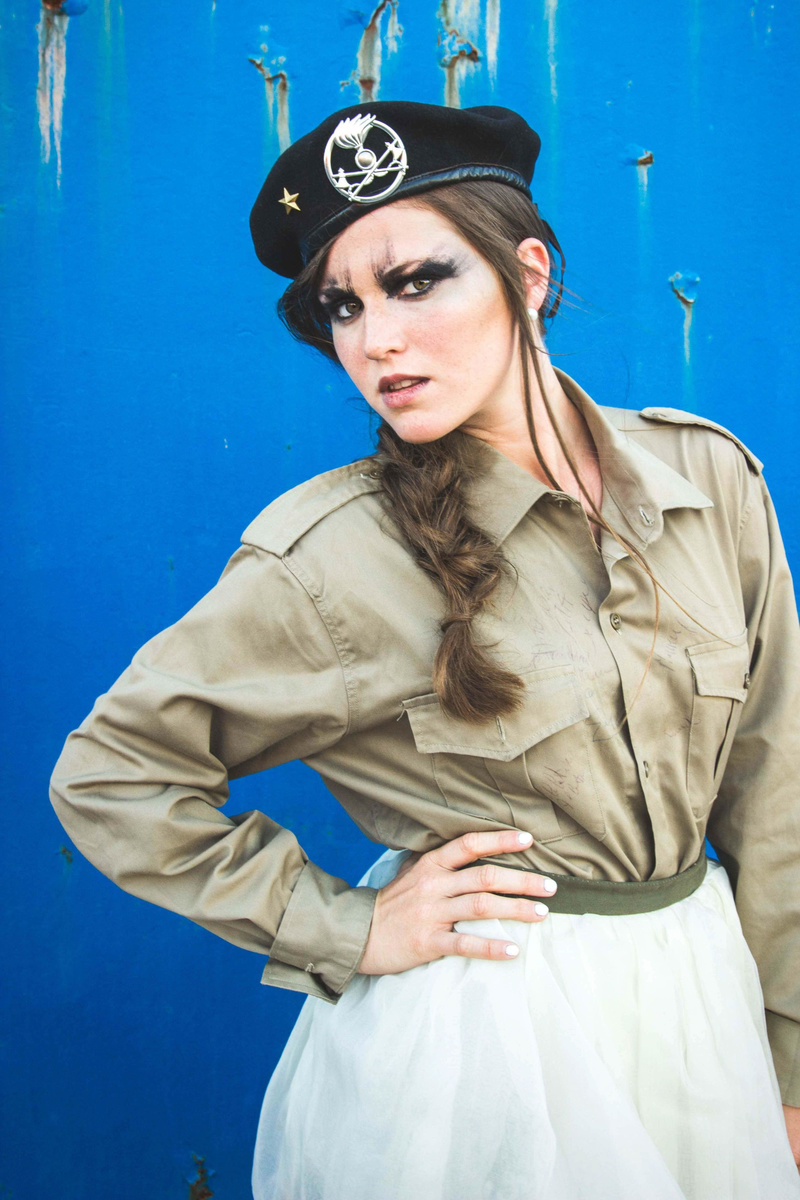 Female model photo shoot of ValentinaPie