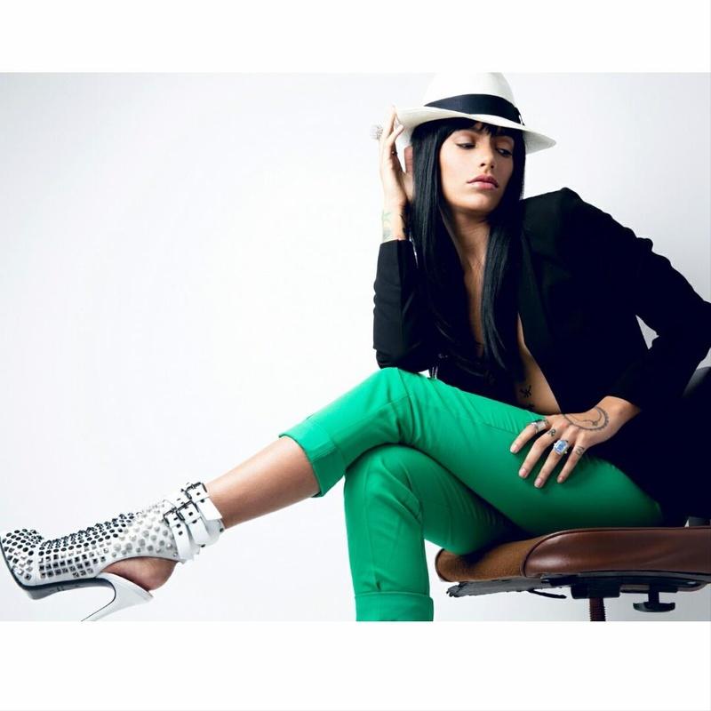 Female model photo shoot of K Lynns Image