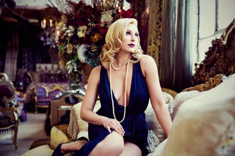 Female model photo shoot of Emily Gualdoni