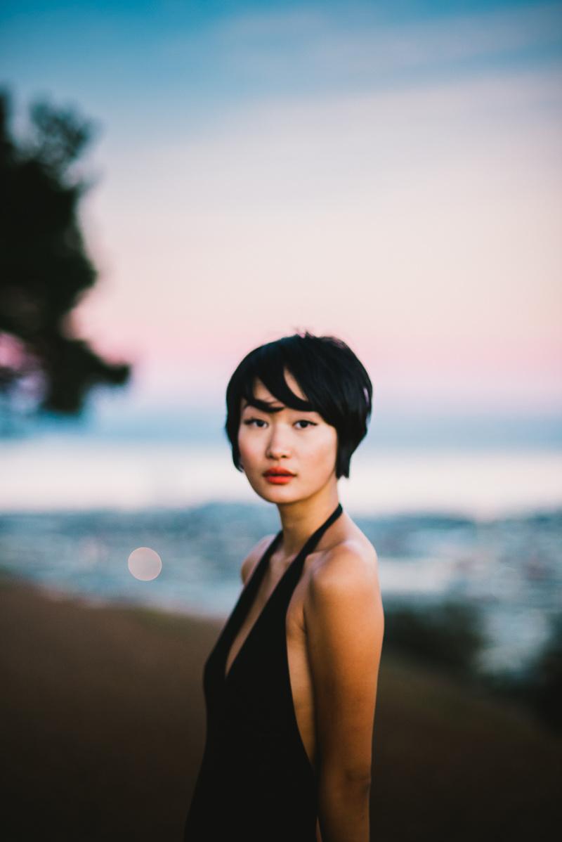 https://photos.modelmayhem.com/photos/151120/12/564f811f99d3e.jpg