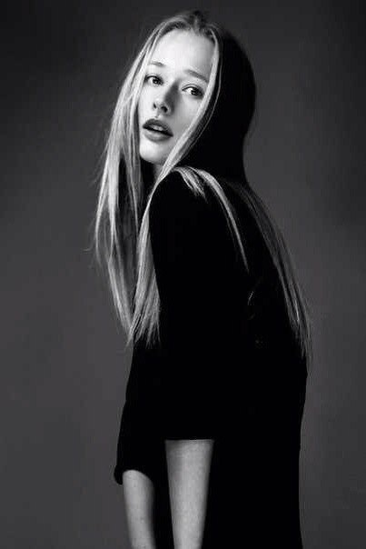 Female model photo shoot of Maria Hitruk