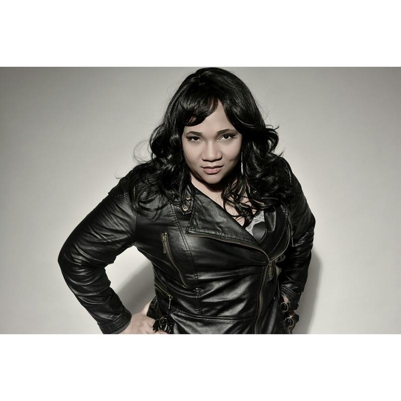 Female model photo shoot of Msmarvell