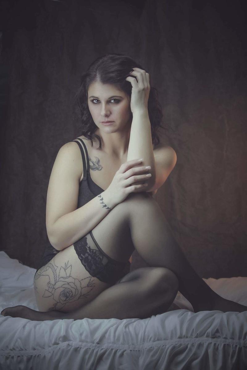 Female model photo shoot of heatherway
