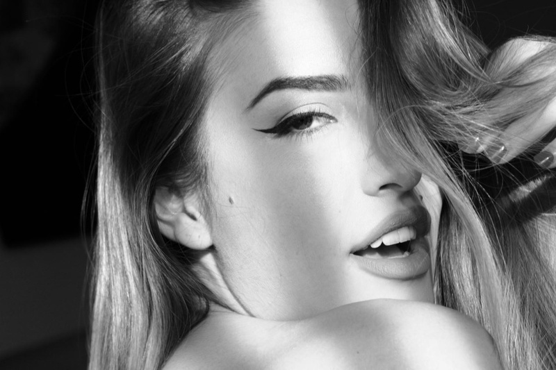 Female model photo shoot of Jordan Alexa