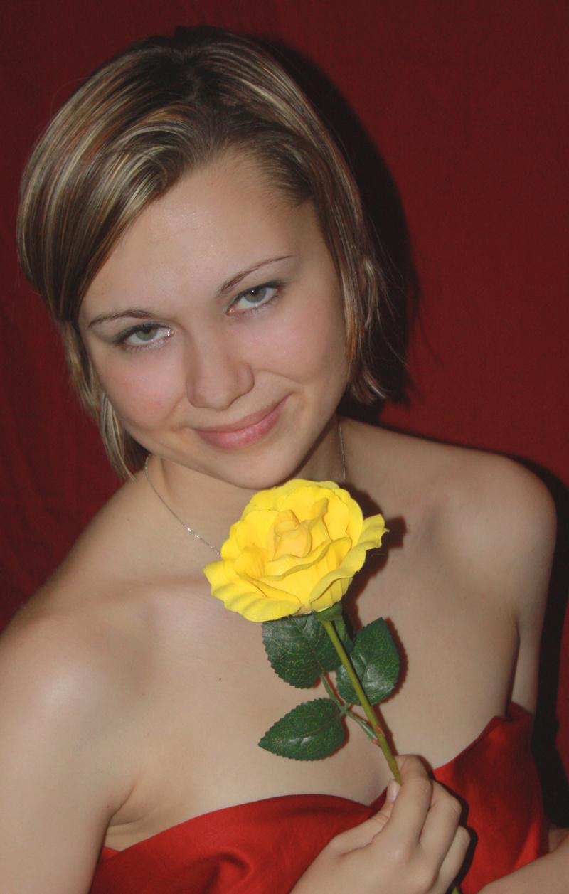 Female model photo shoot of ashley williamson