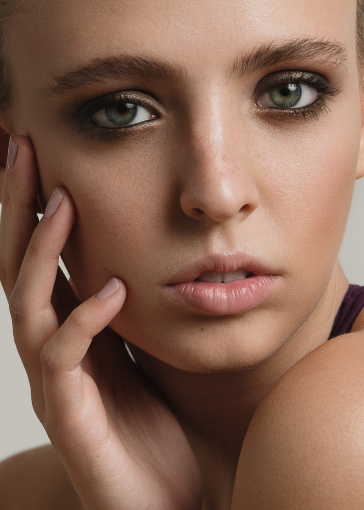 Female model photo shoot of martamcadams