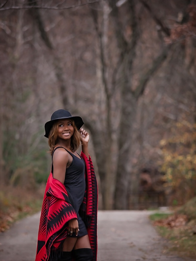 Female model photo shoot of CacheMone