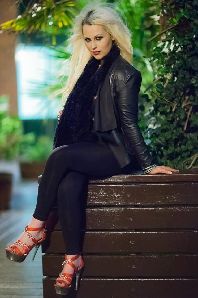 Female model photo shoot of Kat_leopard in ireland