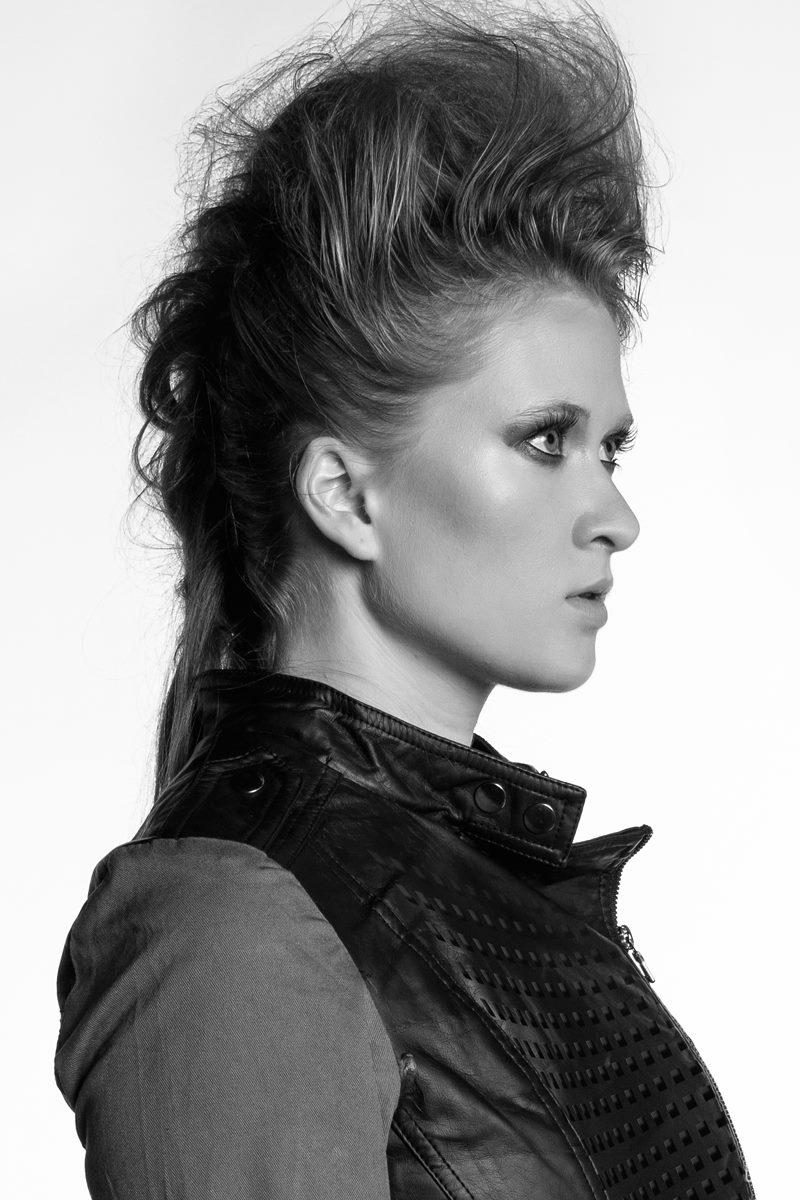 Female model photo shoot of AndreaLynnBeauty