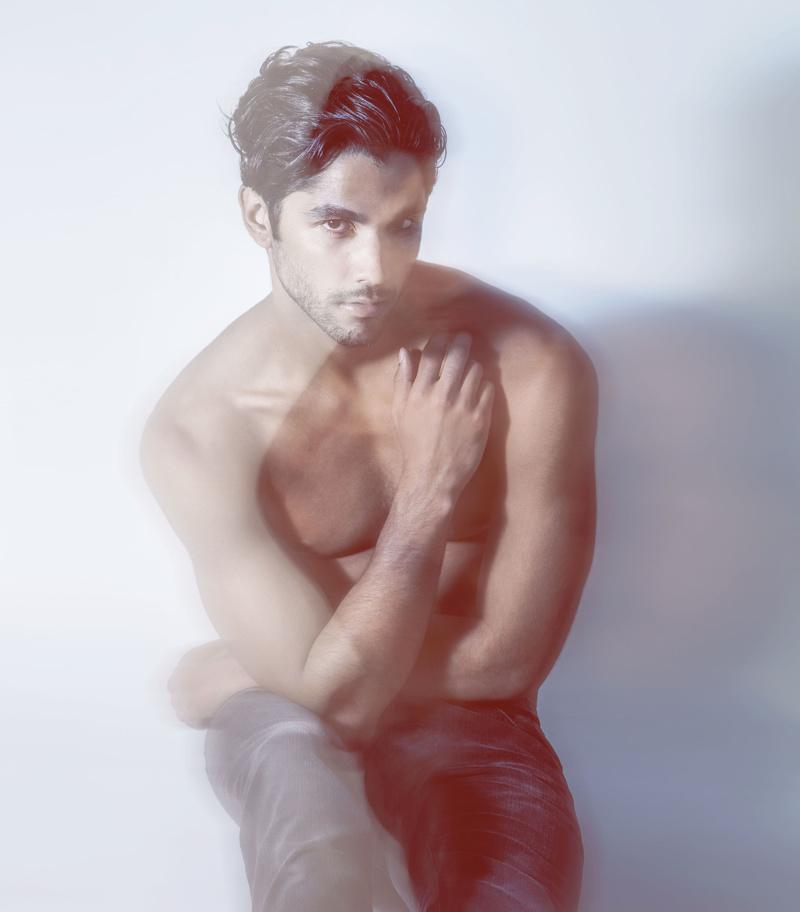 Male model photo shoot of cunikkos