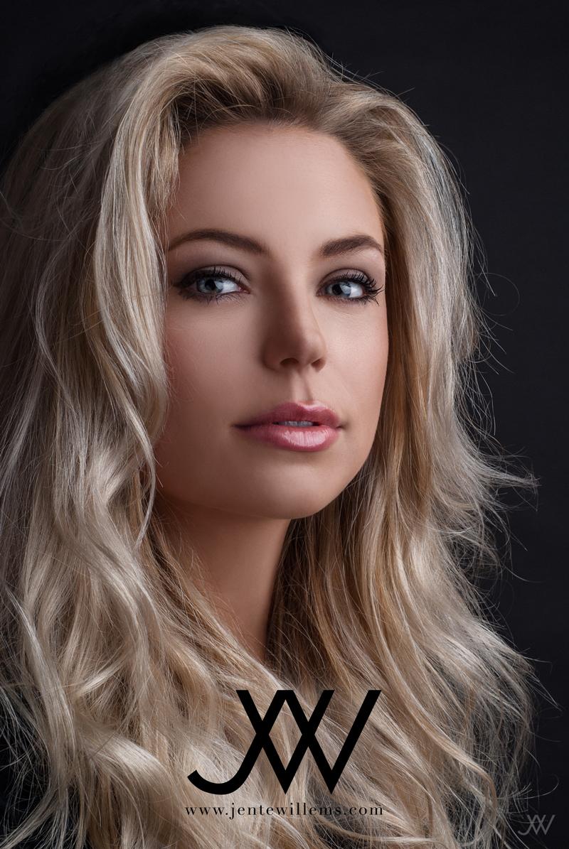 Male model photo shoot of Jente Willems