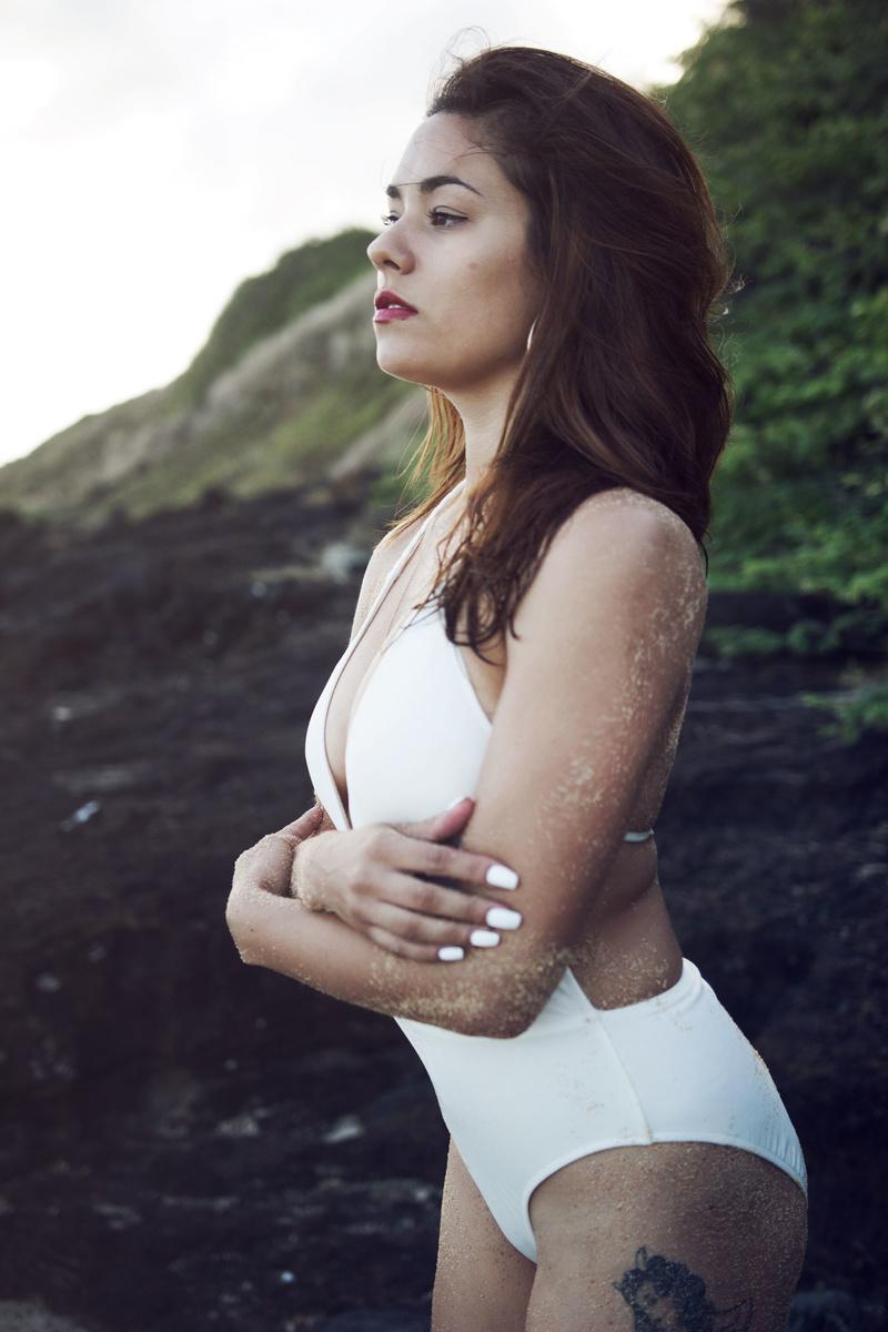 Female model photo shoot of Naturally Andrya by Harun Bhatti