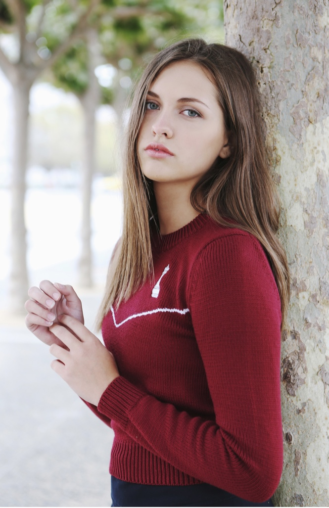 Female model photo shoot of Tches