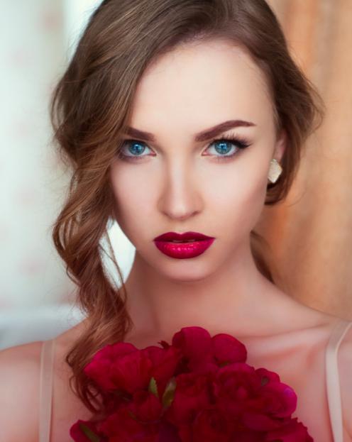 Female model photo shoot of __Retoucher