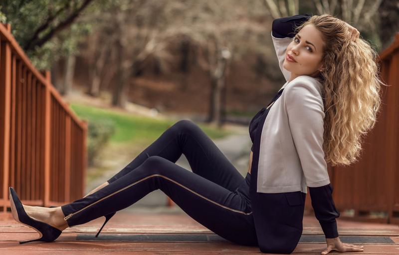 Female model photo shoot of Erinne in Atlanta, Georgia