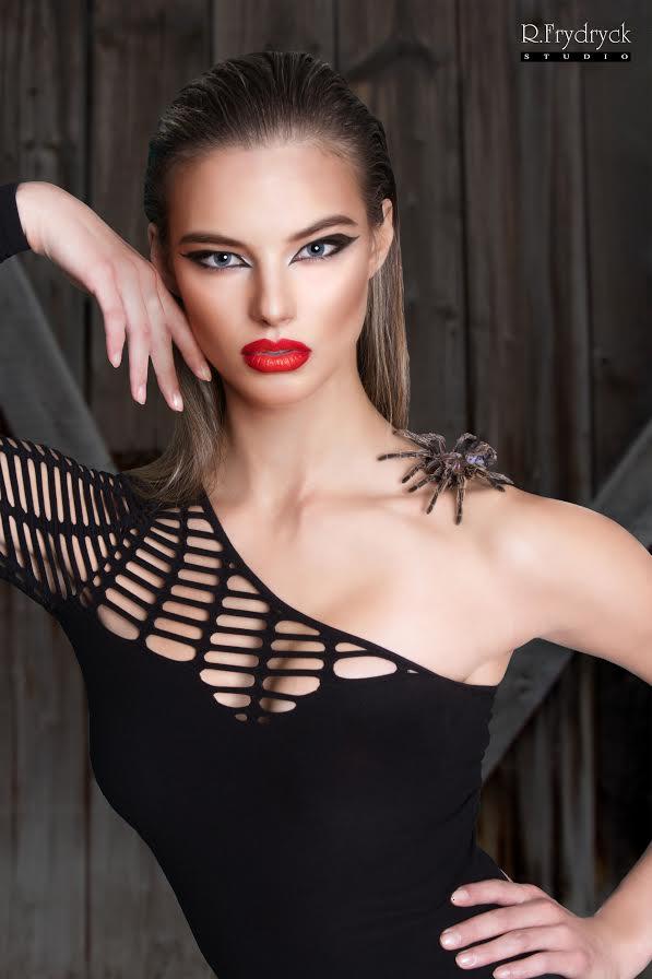 Female model photo shoot of Rai Frydryck by R Frydryck