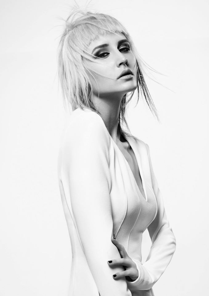 Female model photo shoot of Helena Hollow