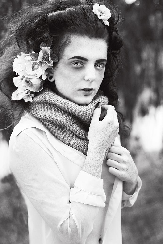 Female model photo shoot of Elocin Photographic and WickeddWillow in Columbus, Ohio