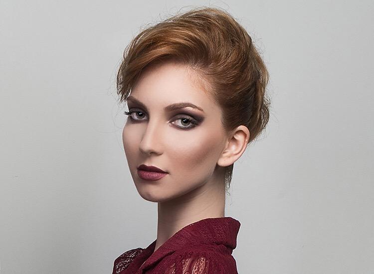 Female model photo shoot of Alina Boitor
