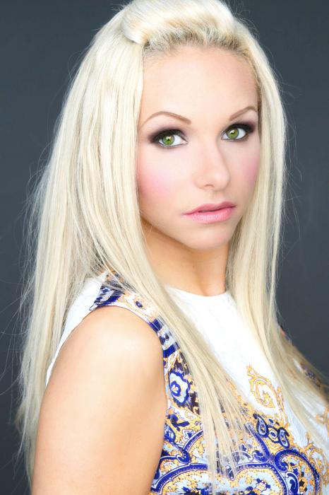 Sarah Dionysus Model Toronto Ontario Canada