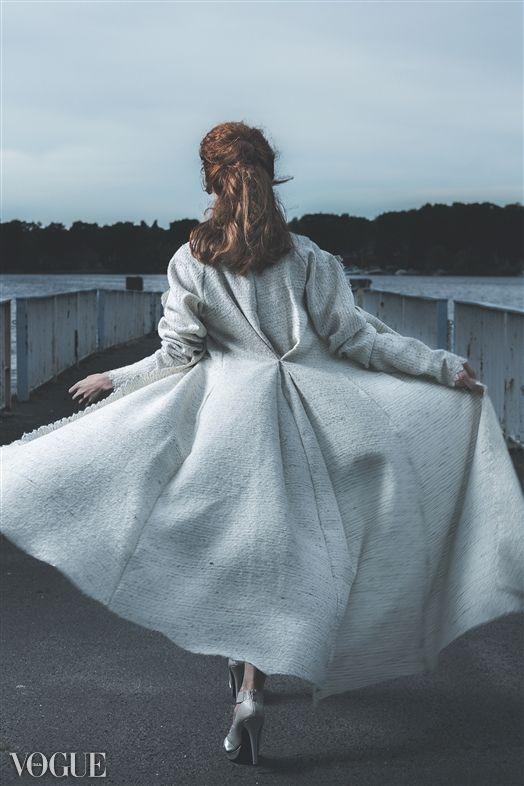 Female model photo shoot of Darya Tretyakova