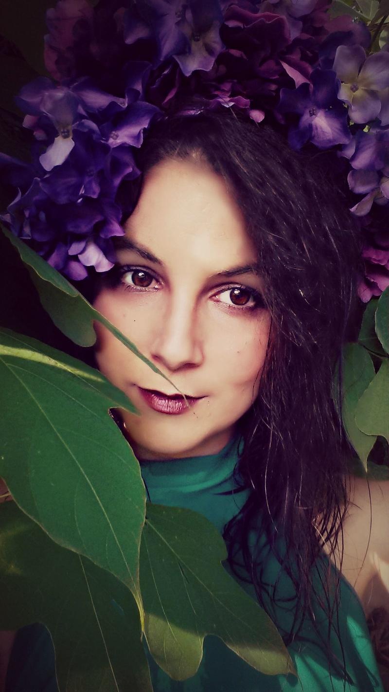 Female model photo shoot of Alexis Montclaire