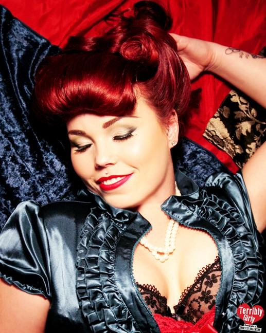 Female model photo shoot of Jessica Coury