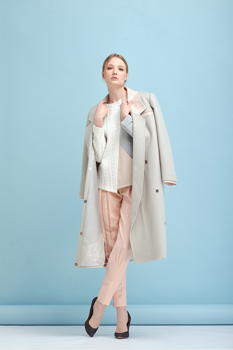 Female model photo shoot of sira avanesova