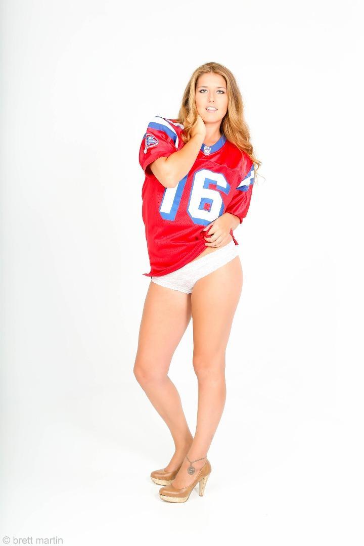 Female model photo shoot of H Reagan