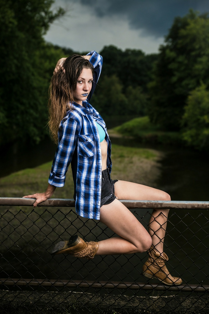 Male and Female model photo shoot of DLPhotos and Jami Lee in Rockford Il